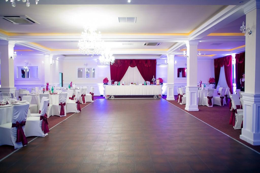 decorarea salii de nunta